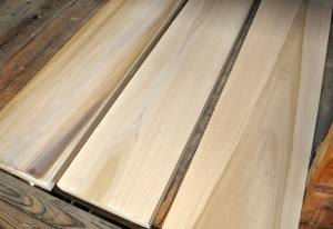 Hardwood Poplar boards and Lumber